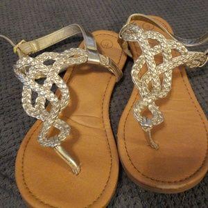 Sz 3 Metallic Sandals